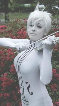 The white violin- Vanya by SHIcosplay