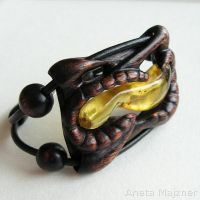 Amber and Wood 2683 Bracelet by AmberSculpture