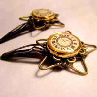 Clockwork Schoolgirl Hairclips by SteamSociety