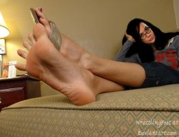 AJ Lee Feet by WrestlingFeet