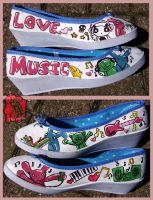Painted shoes:music by jaken-rox