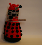 Dalek of crochetted goodness 2 by ikklesammy