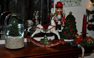 Christmas Mantlepiece by Forestina-Fotos