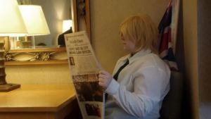 Reading the daily paper by HikariToshiro