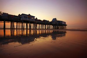 Dawn at Old Orchard Beach by tfavretto