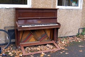 295 - piano by lonesome-stock