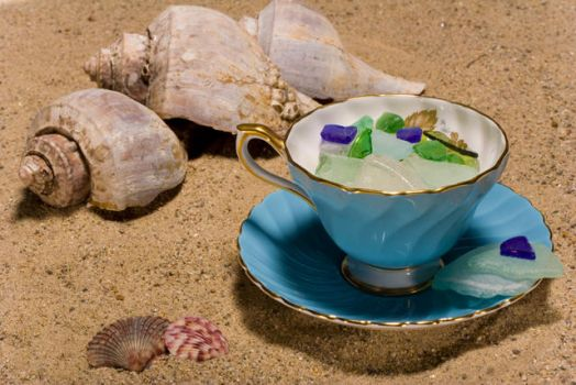 Summer Teacup by Tuftless