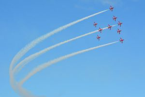The Red Arrows at Llandudno Air Show 2015 (2) by masimage