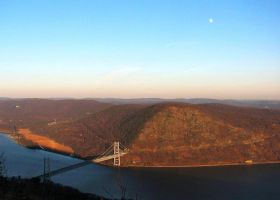 BEAR MOUNTAIN BRIDGE FROM PERKIND DRIVE by body-electric