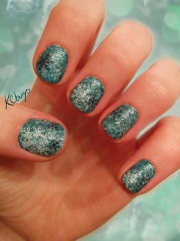 Nail Art Design: Frozen by Kebuyo