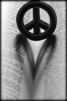 Peace and Love by Nikonoclaste