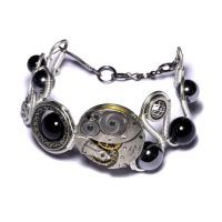 Steampunk Bracelet Onyx by CatherinetteRings