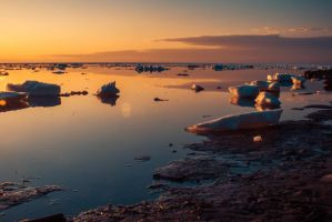 Warm Ice by philipbrunner