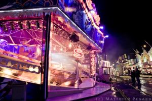Foire St Romain IV by Makavelie