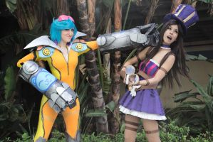 Neon strike Vi cosplay and my Caitlyn friend :3 by spacechocolates