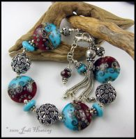 Lampwork Glass Bracelet by Beadworx