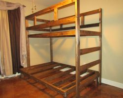 Bunk Bed by Lupas-Deva