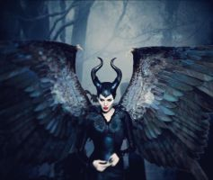Maleficent by frozenmistress