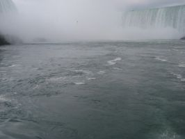 At Niagra Falls by xemptydarknessx