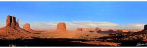 Monument Valley Pano by jaydoncabe