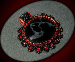 Gorgeous gothic black and red beaded pendant by YANKA-arts-n-crafts