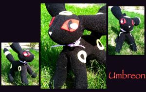Umbreon Plush by CeltysShadow