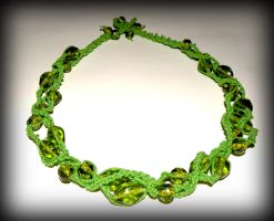 Green glass beads and macrame necklace by marsvar