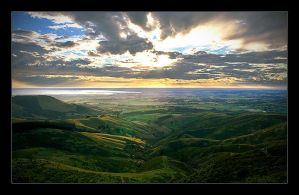 Port hills HDR by non-cognitive