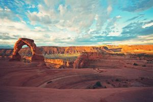 Delicate Arch by juice-teen