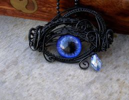 Violet Teardrop Eye Pendant - Glow in the dark by LadyPirotessa