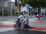 family ride in taipei city by yang-lei