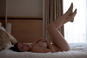 Manon in Hotel by Who-Is-Chill