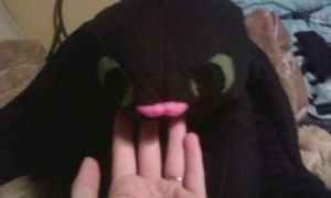 Toothless' tongue by bonniea423