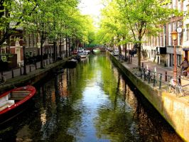 Delft canal by Jaanos