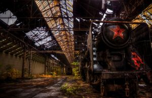 Istvantelek Train Graveyard - The Red Star by FlawlessMonkey