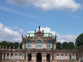 Palace in Dresden by MethostheAnubis