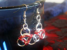 Red Chainmaille Earrings by Lassarina-Jewelry