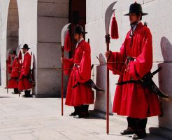Gyeongbokgung Guards by Nomadic32