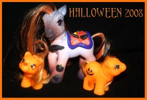Must be Halloween by wylf