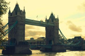 Two Towers One Bridge by dubbledude