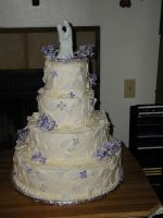 Lilac White leaf wedding cake by TortillaDelPeligro