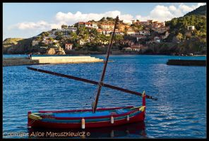 Collioure Bay III by allym007