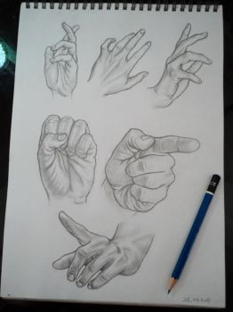 hands by tubyx