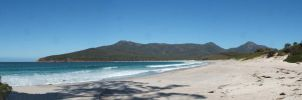 Wineglass Bay by bjjlenore