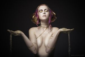 Libra II by luciekout