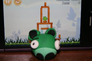 Angry Birds Pig by NinjaQtee