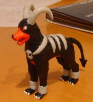 Paper Houndoom Figure by Maximohoundoom