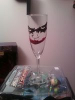 Joker wineglass by cutiechibi