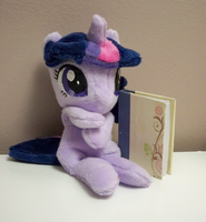 Twilight Sparkle beanie by Yukamina-Plushies