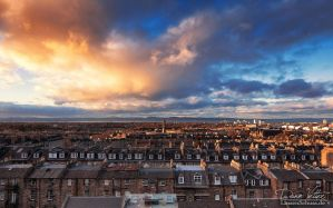 Edinburgh at Sunset by LinsenSchuss